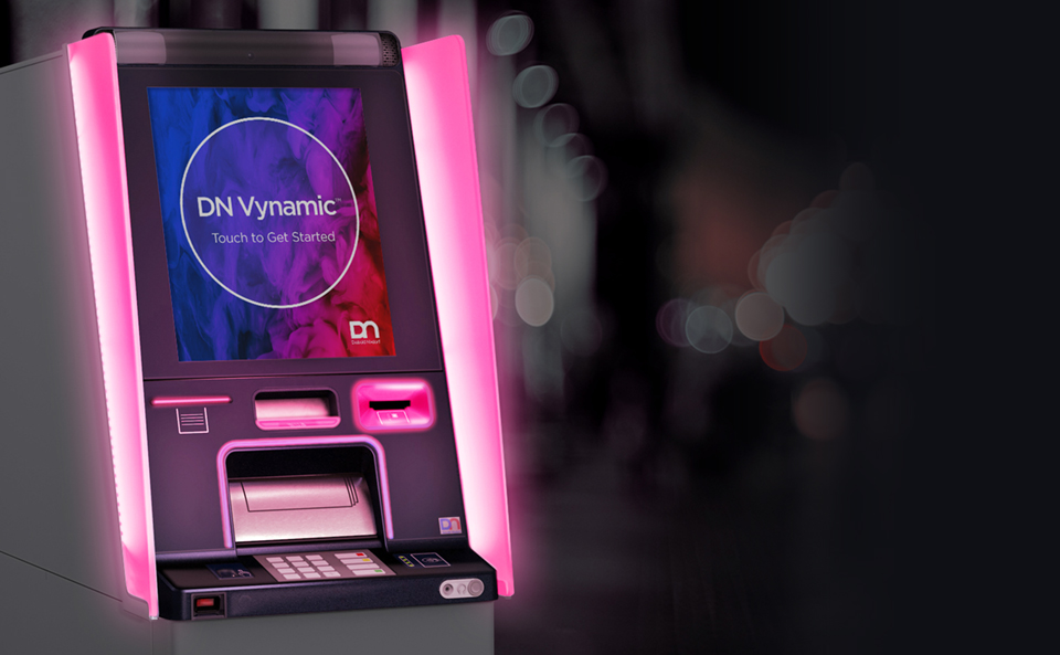 Diebold Nixdorf lança ATM com biometria, reciclador de notas e integração com IoT